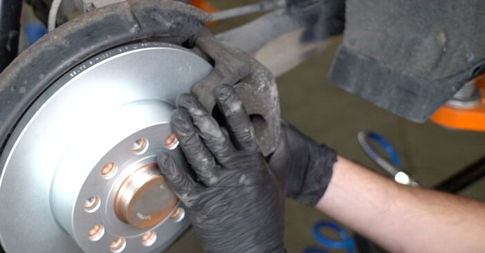 Replacing Brake Discs on Octavia 1z5 2004 1.9 TDI by yourself