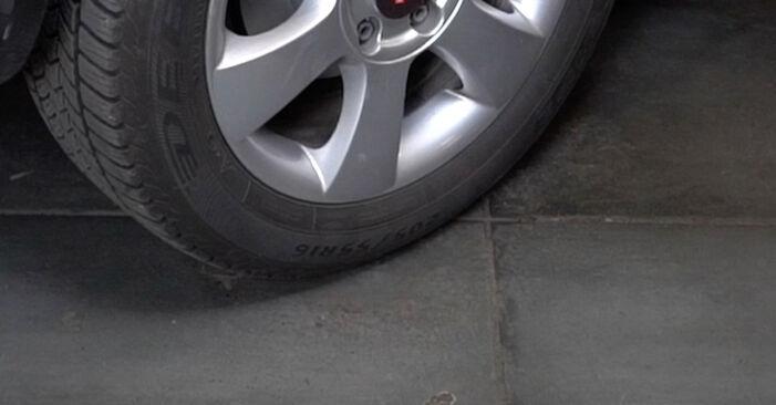 Wie schwer ist es, selbst zu reparieren: Bremsbeläge Octavia 1z5 1.6 2010 Tausch - Downloaden Sie sich illustrierte Anleitungen