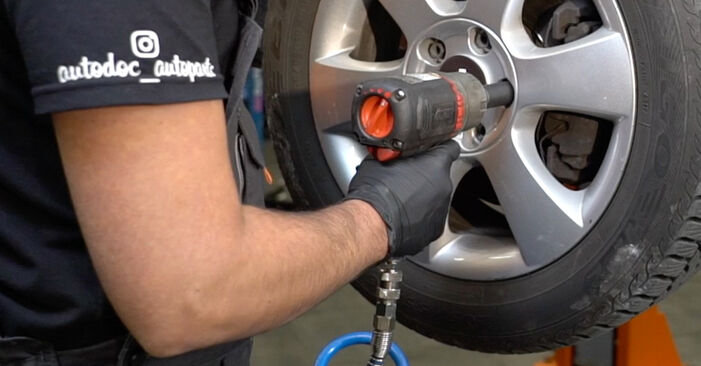 How to remove SKODA OCTAVIA 2.0 TDI 4x4 2008 Brake Calipers - online easy-to-follow instructions