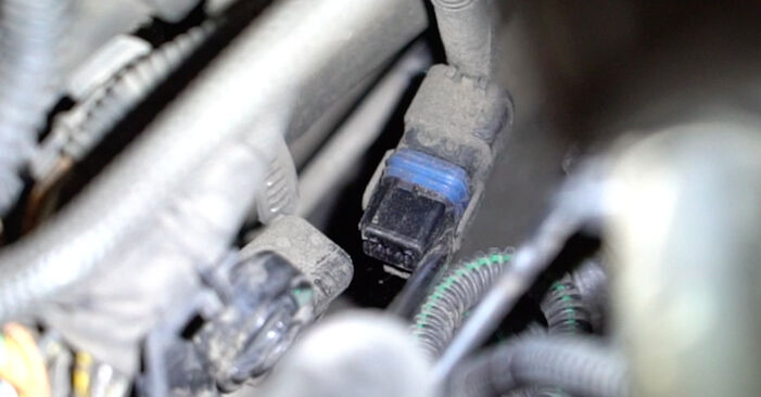 207 (WA_, WC_) 1.6 16V VTi 2007 Thermostat - Anleitung zum selber Austauschen
