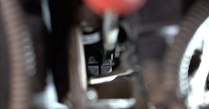 Wie man PEUGEOT 207 (WA_, WC_) 1.4 HDi 2007 Thermostat austauscht - Schritt-für-Schritt-Tutorials und Videoanleitungen