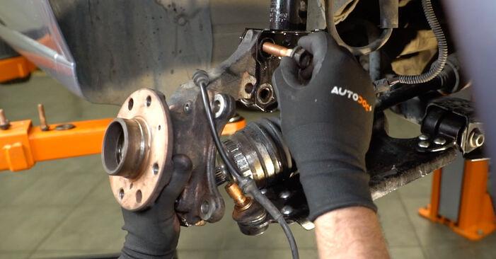 Opel Meriva x03 2008 1.3 CDTI (E75) Kerékcsapágy csináld magad csere - javaslatok lépésről lépésre