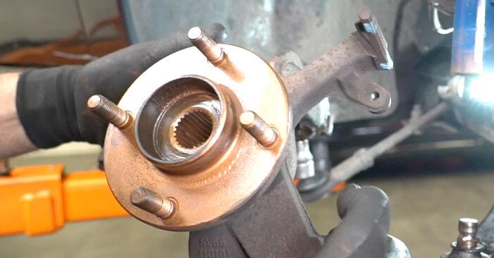 FOCUS (DAW, DBW) 1.8 16V 1999 Radlager - Tutorial zum selbstständigen Teilewechsel