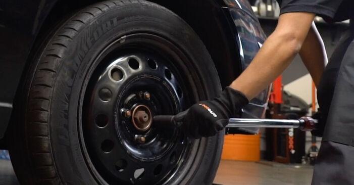 Ford Focus DAW 1.8 Turbo DI / TDDi 2000 Anti Roll Bar Links replacement: free workshop manuals