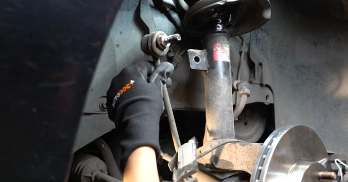 Need to know how to renew Anti Roll Bar Links on FORD FOCUS ? This free workshop manual will help you to do it yourself