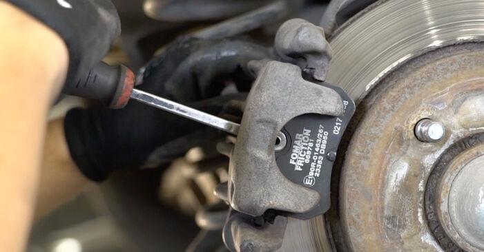 Bremsscheiben Ihres Ford Focus DAW 1.6 16V Flexifuel 2006 selbst Wechsel - Gratis Tutorial