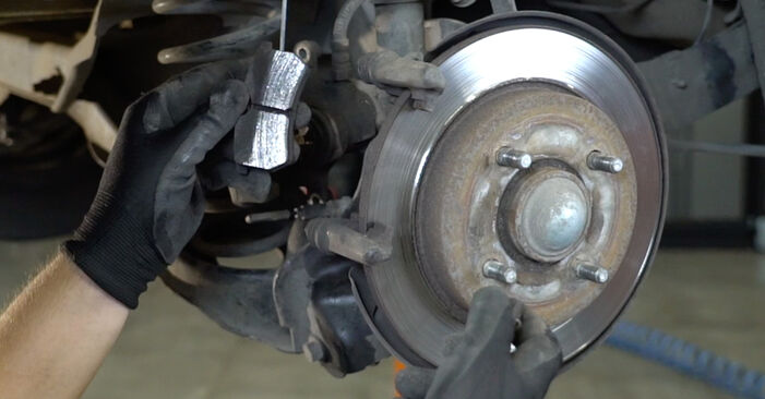 FOCUS (DAW, DBW) 1.8 16V 1999 1.8 Turbo DI / TDDi Bremsbeläge - Handbuch zum Wechsel und der Reparatur eigenständig