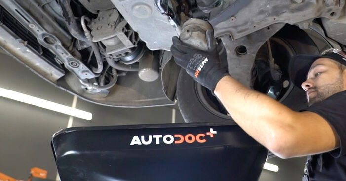 FORD FOCUS 1.6 16V Flexifuel Oil Filter replacement: online guides and video tutorials