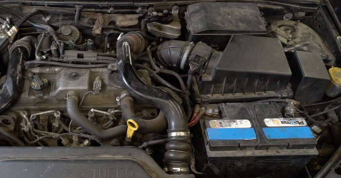 Need to know how to renew Oil Filter on FORD FOCUS ? This free workshop manual will help you to do it yourself