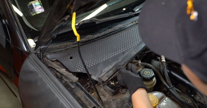 Changing of Pollen Filter on Ford Focus DAW 2006 won't be an issue if you follow this illustrated step-by-step guide