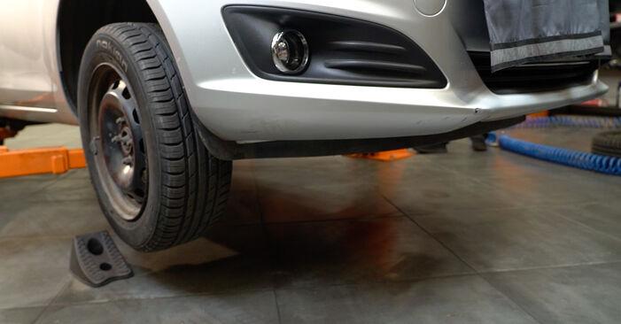 Modifica Dischi Freno su FORD Fiesta Mk6 Hatchback (JA8, JR8) 1.5 TDCi 2011 da solo