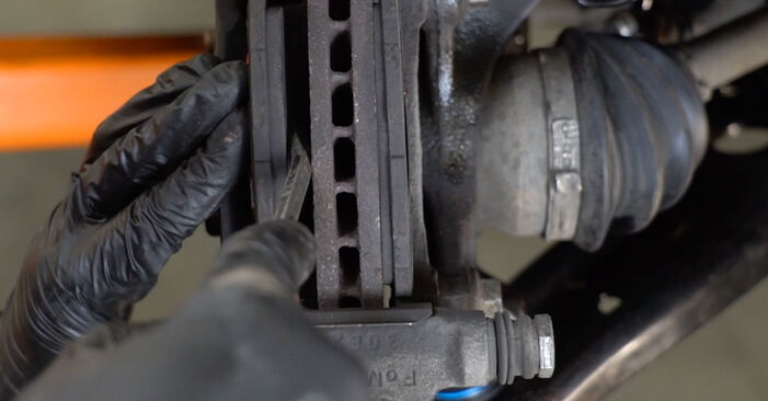 Replacing Brake Pads on Ford Fiesta ja8 2018 1.25 by yourself
