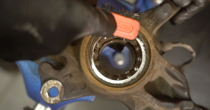 How to replace Wheel Bearing on FORD Fiesta Mk6 Hatchback (JA8, JR8) 2013: download PDF manuals and video instructions