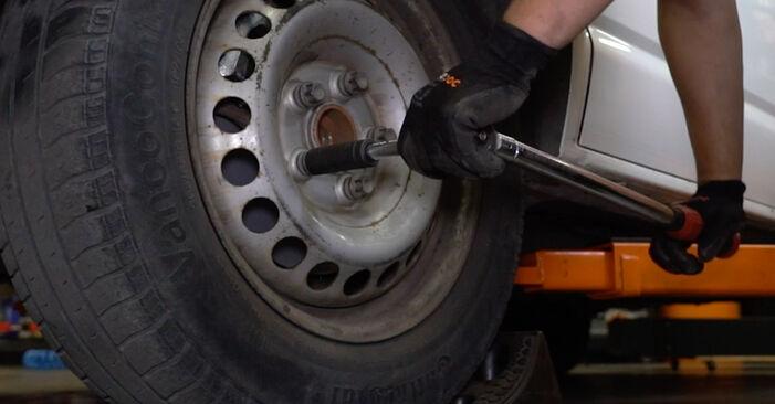 Tidsforbruk: Bytte av Støtdemper på VW T5 Van 2011 – informativ PDF-veiledning