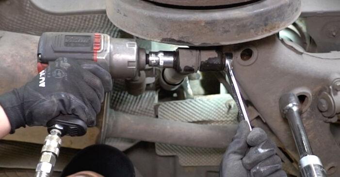 Hvordan skifte VW TRANSPORTER 2010 Støtdemper trinn–for–trinn veiledning