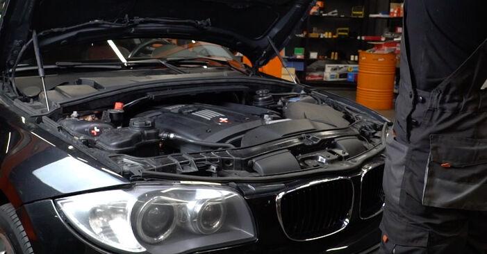 BMW 1 Coupe (E82) 2004 Gyújtótekercs csere - tippek és trükkök