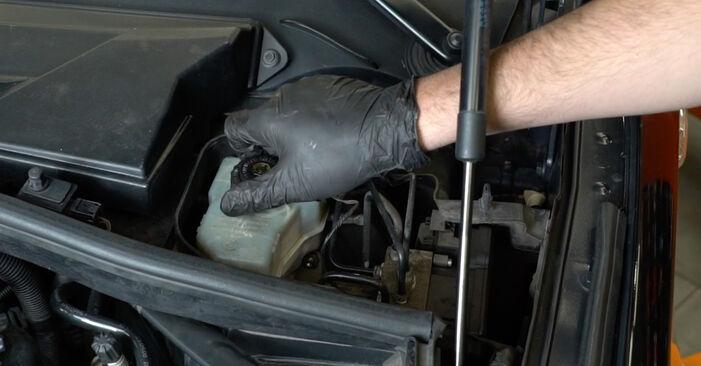 Bremsscheiben BMW E82 135i 3.0 2008 wechseln: Kostenlose Reparaturhandbücher