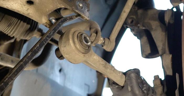 Wieviel Zeit nimmt der Austausch in Anspruch: Radlager beim BMW E82 2004 - Ausführliche PDF-Anleitung