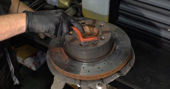 DIY replacement of Wheel Bearing on BMW 1 Coupe (E82) 135i 3.0 2003 is not an issue anymore with our step-by-step tutorial