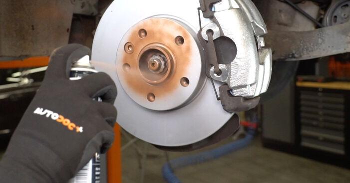 VW TRANSPORTER 2.5 TDI 4motion Stoßdämpfer ausbauen: Anweisungen und Video-Tutorials online