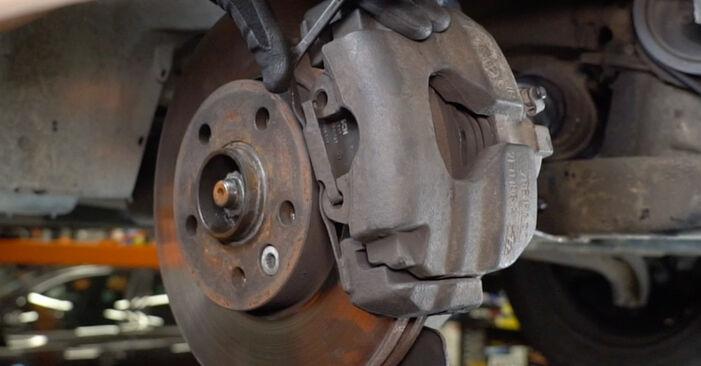 Bremsscheiben Ihres VW T5 Kasten 2.5 TDI 2011 selbst Wechsel - Gratis Tutorial