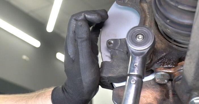 Bremsscheiben beim VW TRANSPORTER 2.0 TDI 2010 selber erneuern - DIY-Manual