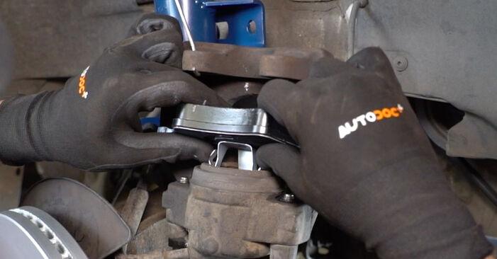 Transporter V Kastenwagen (7HA, 7HH, 7EA, 7EH) 2.5 TDI 2014 2.5 TDI 4motion Bremsscheiben - Handbuch zum Wechsel und der Reparatur eigenständig