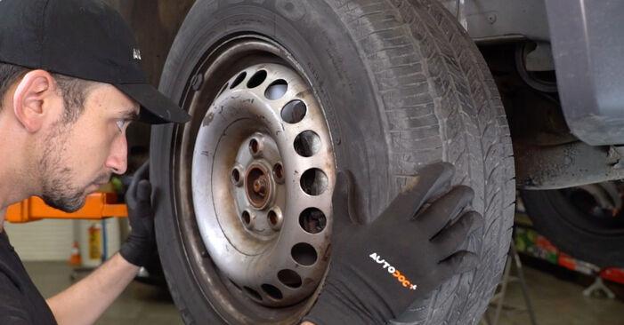 Bremsscheiben VW T5 Kasten 1.9 TDI 2005 wechseln: Kostenlose Reparaturhandbücher