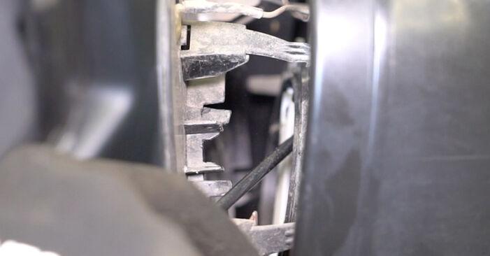 Spiegelglas VW T5 Kasten 1.9 TDI 2005 wechseln: Kostenlose Reparaturhandbücher