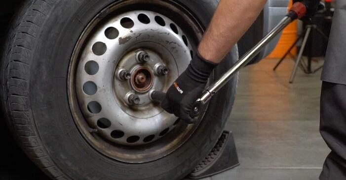 Bremsbeläge Ihres VW T5 Kasten 2.5 TDI 2011 selbst Wechsel - Gratis Tutorial