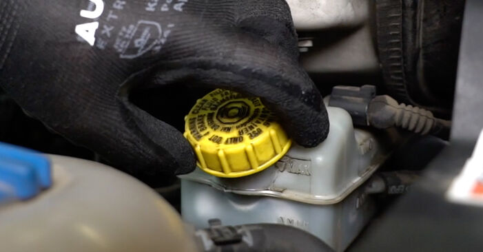 VW TRANSPORTER 2.5 TDI Brake Pads replacement: online guides and video tutorials