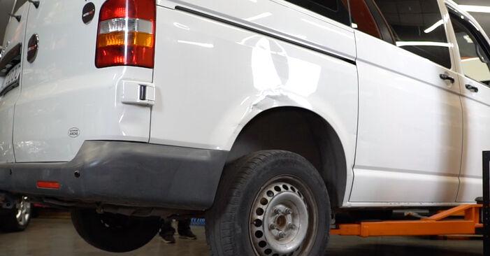 VW T5 Van 2.5 TDI 4motion 2005 Brake Pads replacement: free workshop manuals
