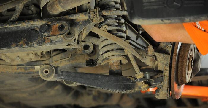 M-Class (W163) ML 430 4.3 (163.172) 2001 Control Arm DIY replacement workshop manual