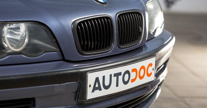 Kiek užtrunka keitimas: BMW E46 1998 Oro filtras, keleivio vieta - informatyvi PDF instrukcija