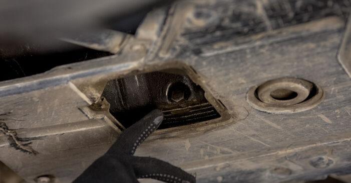 Wechseln Ölfilter am BMW 3 Limousine (E46) 318i 1.9 1997 selber