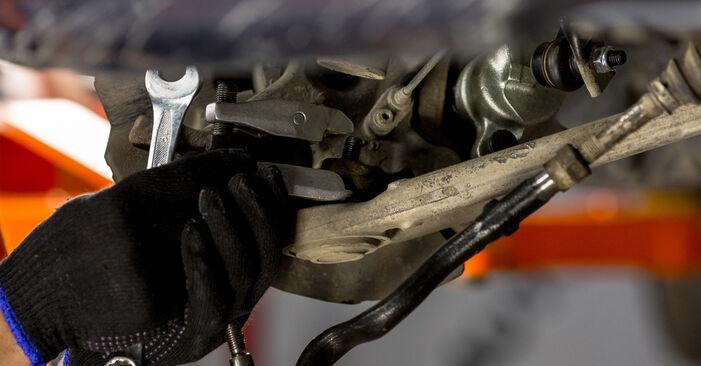Kako zamenjati Blazilnik na BMW 3 Sedan (E46) 2002 - nasveti in triki