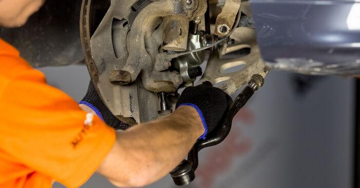 Priporočila korakov za DIY zamenjavo BMW E46 2003 316i 1.9 Blazilnik