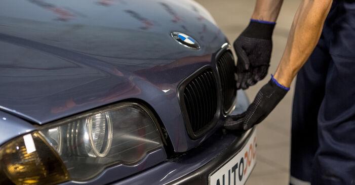 Kako zamenjati BMW 3 Sedan (E46) 320d 2.0 1999 Blazilnik - priročniki s koraki in video vodniki