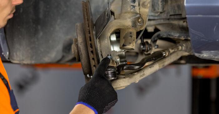 Kako težko to naredite sami: Blazilnik zamenjava na BMW E46 320i 2.0 2004 - prenesite slikovni vodnik