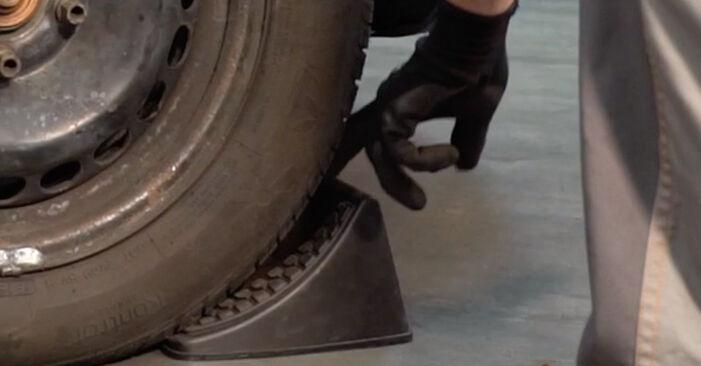 Substituição de TOYOTA RAV4 2.4 4WD (ACA23) Tirante da Barra Estabilizadora: guias online e tutoriais em vídeo
