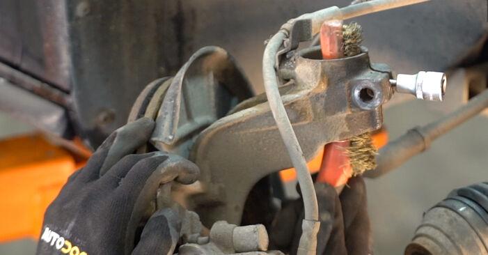 Stoßdämpfer Toyota Rav4 II 1.8 (ZCA25_, ZCA26_) 2002 wechseln: Kostenlose Reparaturhandbücher