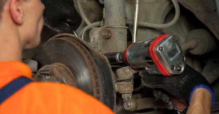 Comment changer Coupelle d'Amortisseur sur Toyota Rav4 II 2000 - Manuels PDF et vidéo gratuits