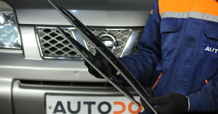 How to change Wiper Blades on Nissan X Trail t30 2001 - free PDF and video manuals