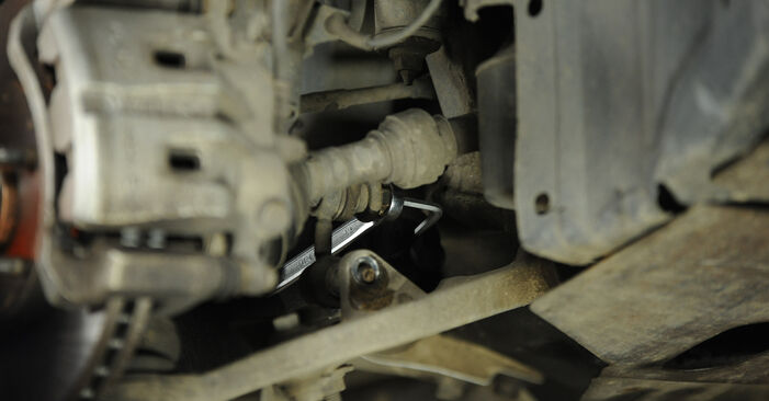 How hard is it to do yourself: Anti Roll Bar Links replacement on Nissan X Trail t30 2.2 DCi FWD 2007 - download illustrated guide