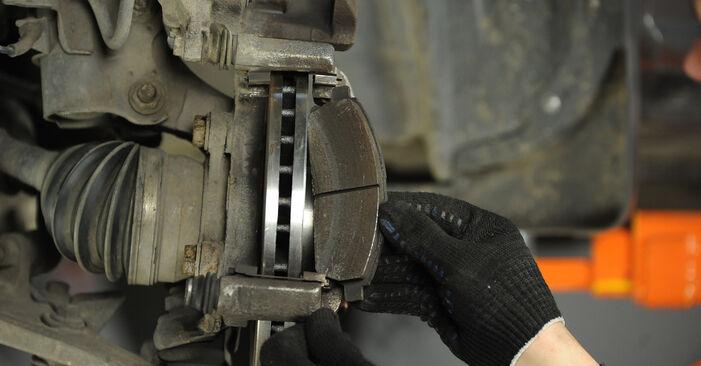 Bremsbeläge Ihres Nissan X Trail t30 2.2 dCi 4x4 2009 selbst Wechsel - Gratis Tutorial
