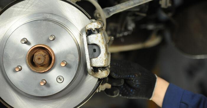 Zweckdienliche Tipps zum Austausch von Bremsbeläge beim NISSAN X-TRAIL (T30) 2.5 4x4 2002