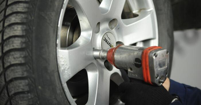 Bremsbeläge Nissan X Trail t30 2.5 4x4 2003 wechseln: Kostenlose Reparaturhandbücher