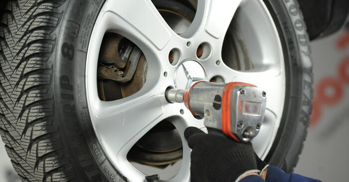 Changing Brake Discs on MERCEDES-BENZ A-Class (W169) A 160 CDI 2.0 (169.006, 169.306) 2007 by yourself