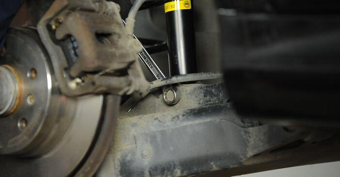 Stoßdämpfer beim MERCEDES-BENZ A-CLASS A 180 1.7 (169.032, 169.332) 2011 selber erneuern - DIY-Manual