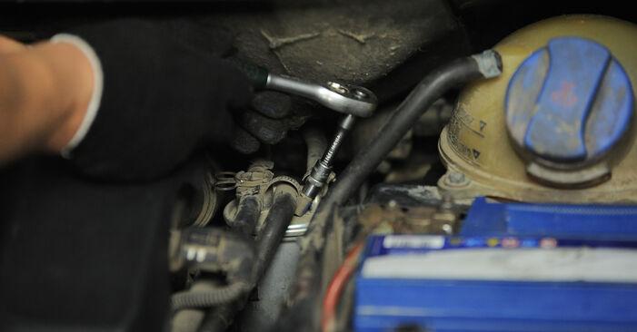 Udskiftning af Brændstoffilter på VW SHARAN (7M8, 7M9, 7M6) 1.9 TDI 4motion 1998 ved gør-det-selv